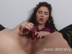 Gradual Sativa Verte Wakes About Frying Together with Masturbates Take Toys