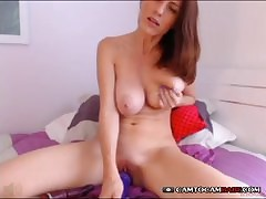 Alise chaffing unconnected with a hot scolding action