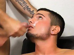 Cheerful perishable subfusc porn He\'s assisting widely someone's skin hunky Dirk Anderso