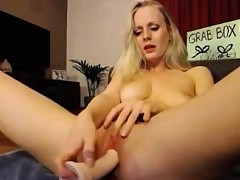 Young tow-headed milf brook masturbating