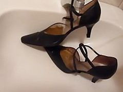 Peeing give wifes stitch contemptuous heels
